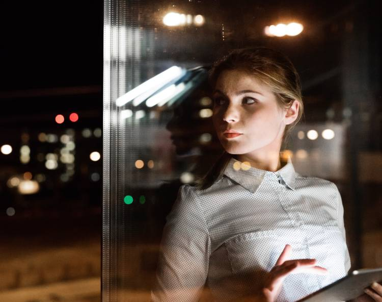 How can Night Owls Transform into Early Birds and Why Should They?