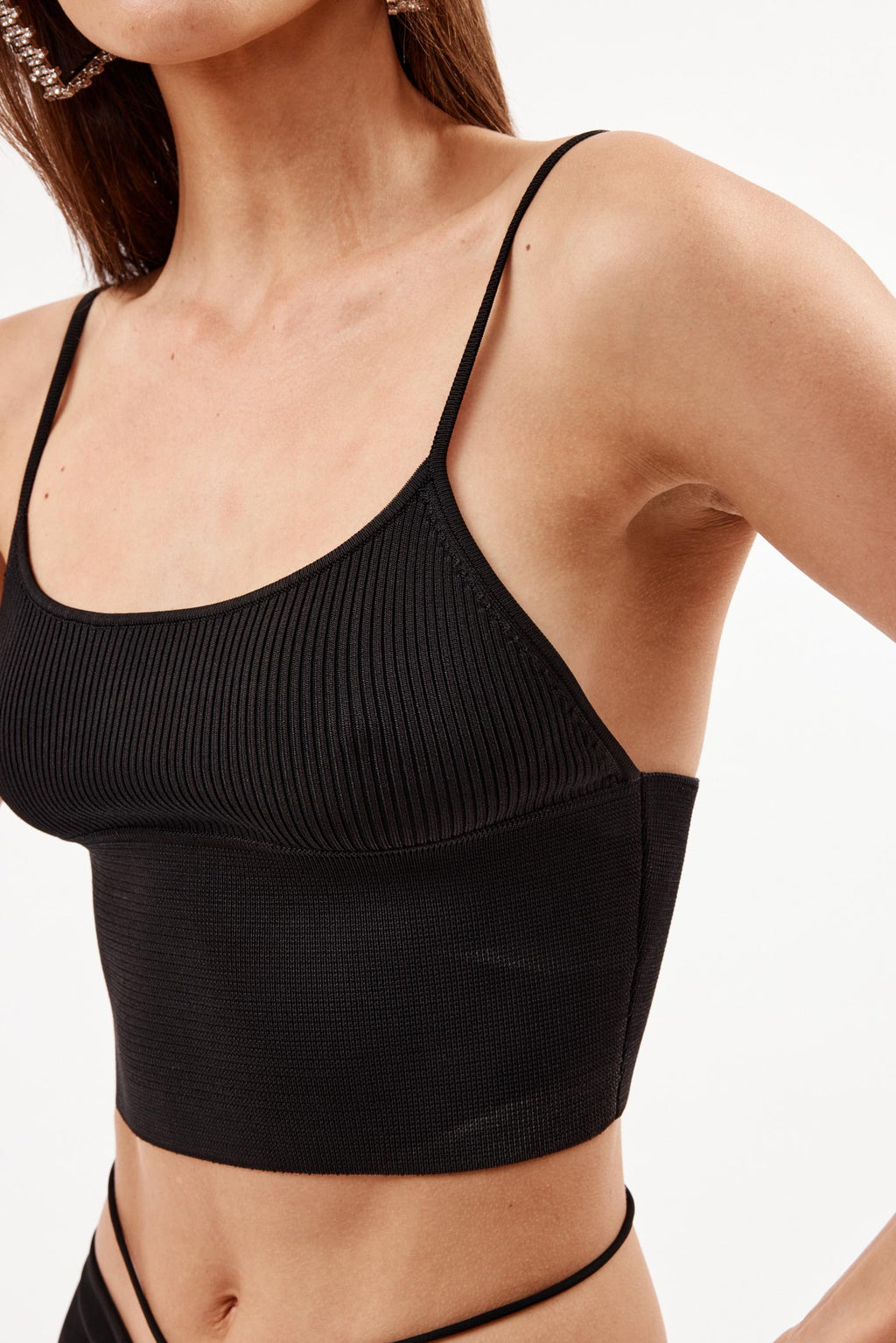 Density Scoop Tank Black