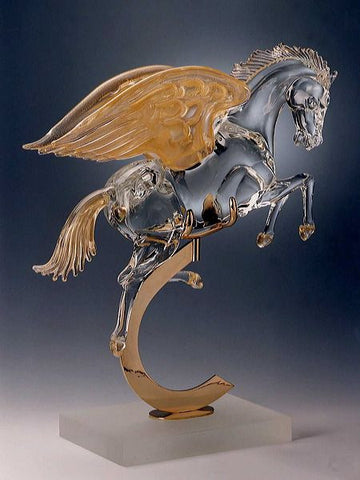 Murano glass Pegasus with lowered wings