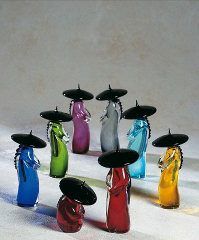 Colourful Chinese figures