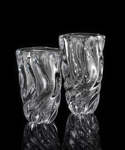 Classic crystal vase in two sizes