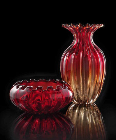 Vase and bowl set in red and tobacco