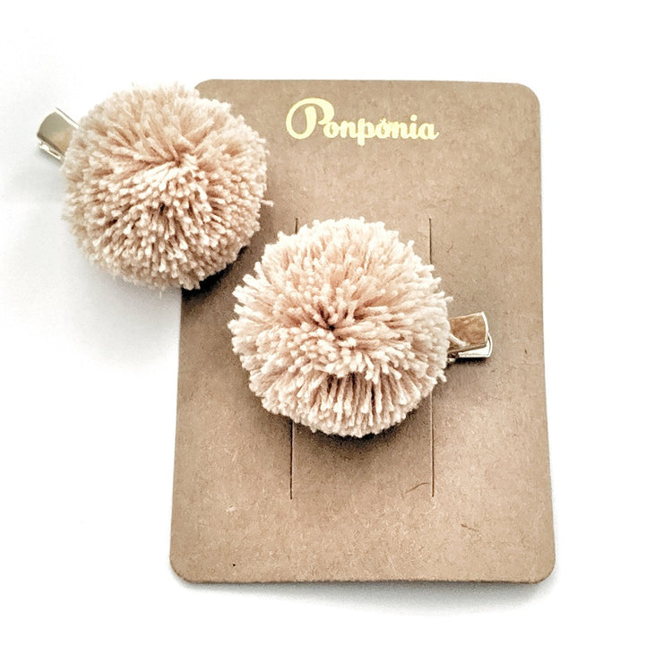 Pompom Hair Clip - Wheat