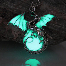 Game of Throne dragon Punk Luminous Dragon Pendants & Necklaces GLOW in the DARK dragon amulet Sweater Chain ancient