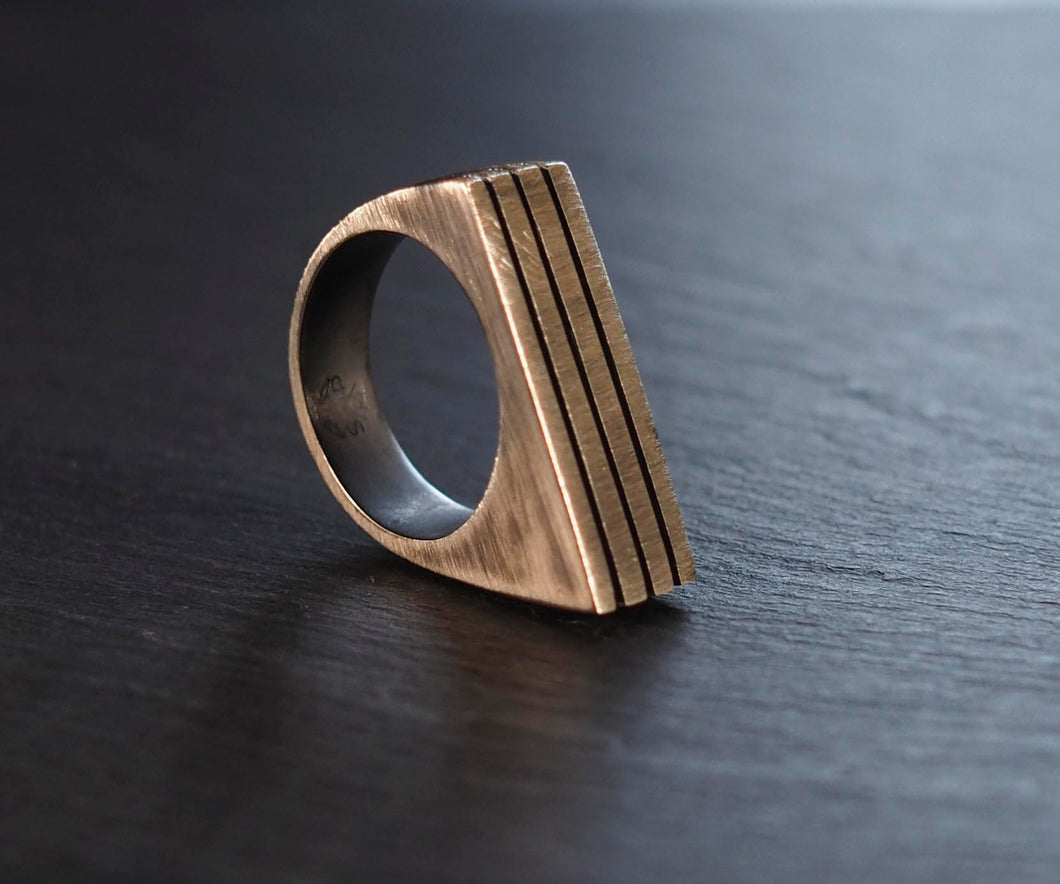 Angulo Ring Oxidised Silver