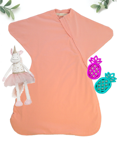 Sleepy Hugs, sleeping baby, swaddle transition, baby loves sleep, startle reflex