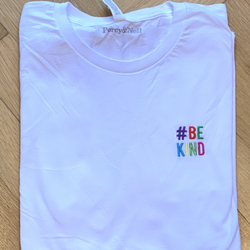 Be Kind Smaller Embroidery White Organic T-Shirt - Size Large