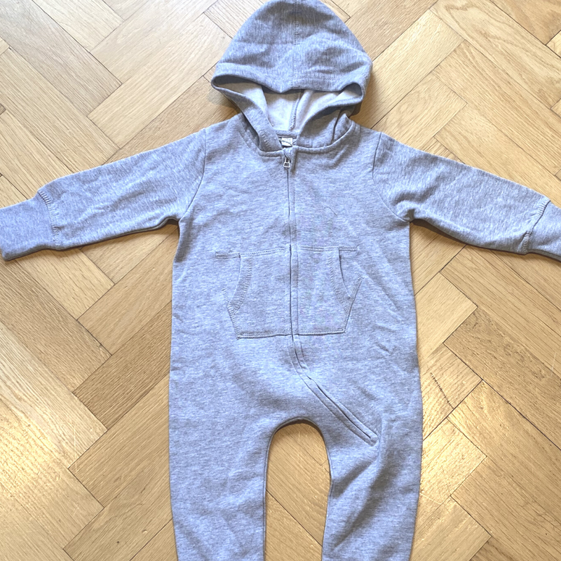 Grey Organic Onesie with Puppy design - 18-24 months
