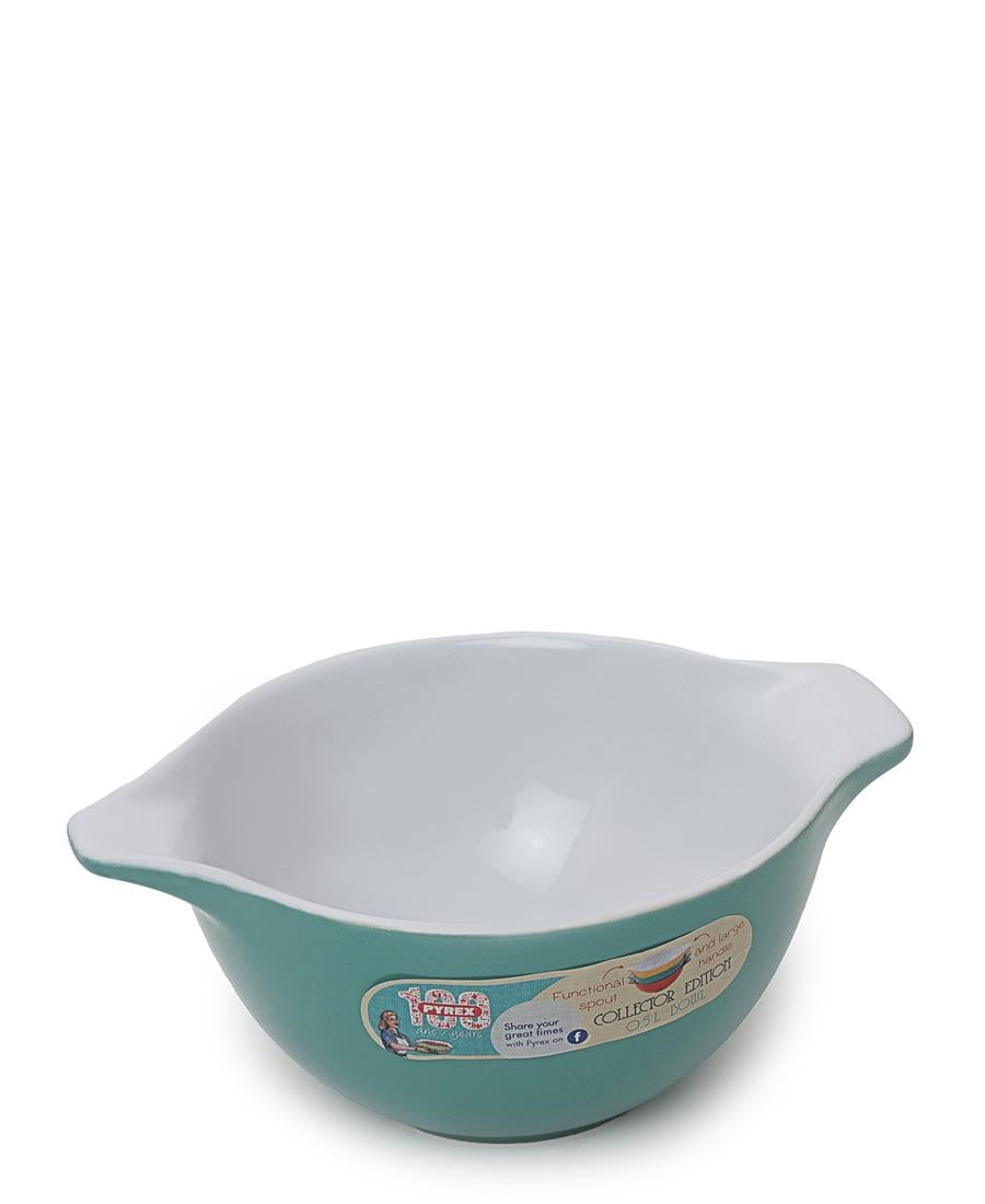 Spouted Mixing Bowl - Green