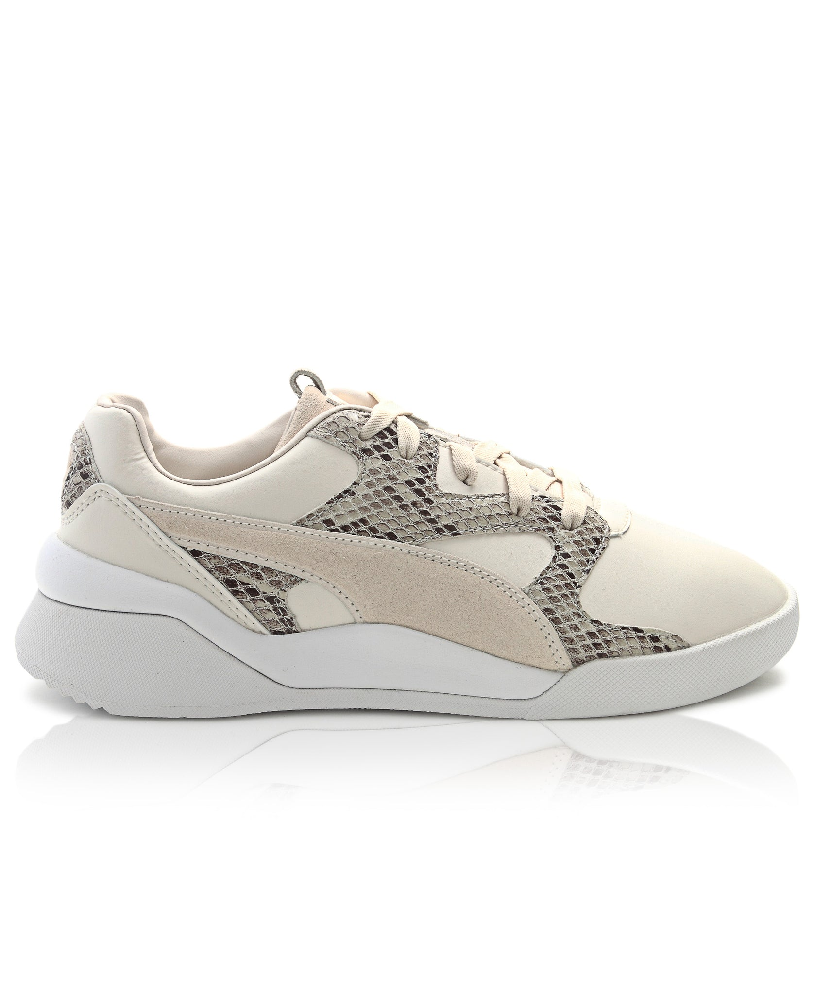 Ladies' Aeon Play Sneakers - Cream