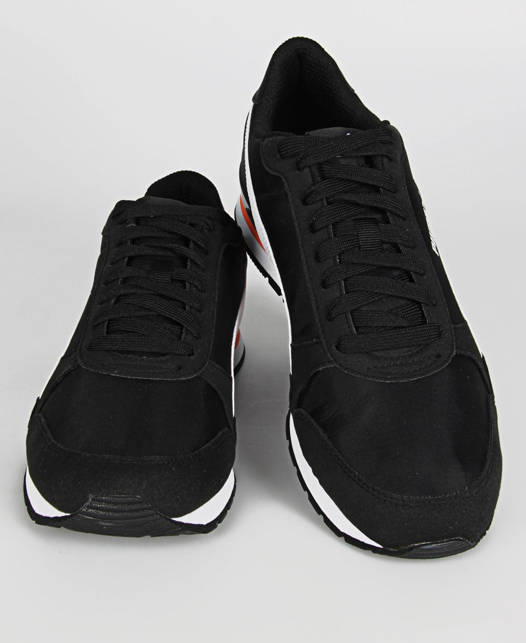 Men's ST Runner V2 Sneakers  - Black