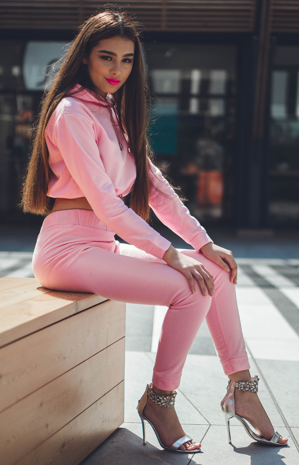 Ladies' Cropped Hoodie & Joggers Set - Pink