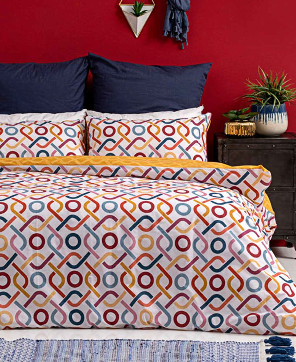 Horrockses 180 Thread Count Polycotton Duvet Cover - Lennyx Top