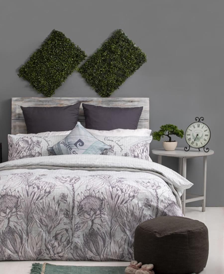 Polycotton Duvet Cover - Protea Sketch Top