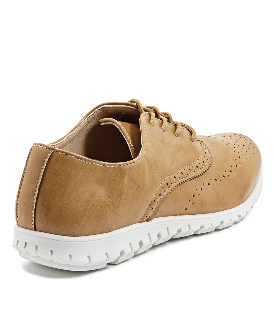 Casual Sneakers - Camel
