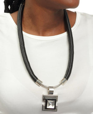 Diamante Neckpiece - Black