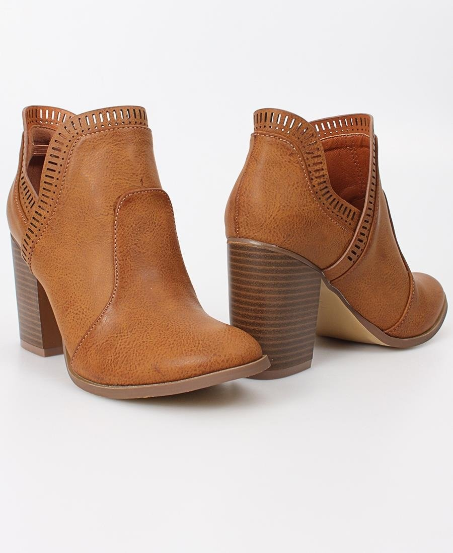 Rodeo Ankle Boot - Tan
