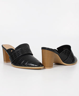 Pointy Block Heel - Black
