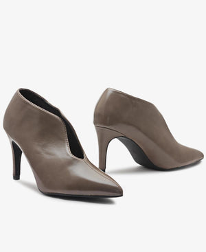 Court Heels - Taupe