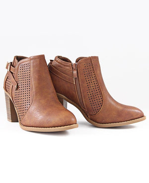 Lazer Cut Boots - Tan