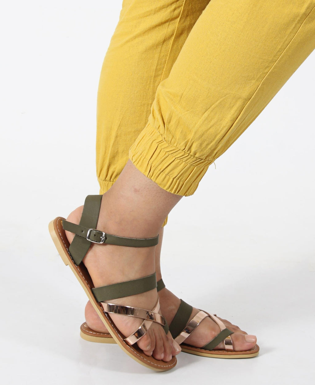 Buckle Strappy Flat Sandals - Olive