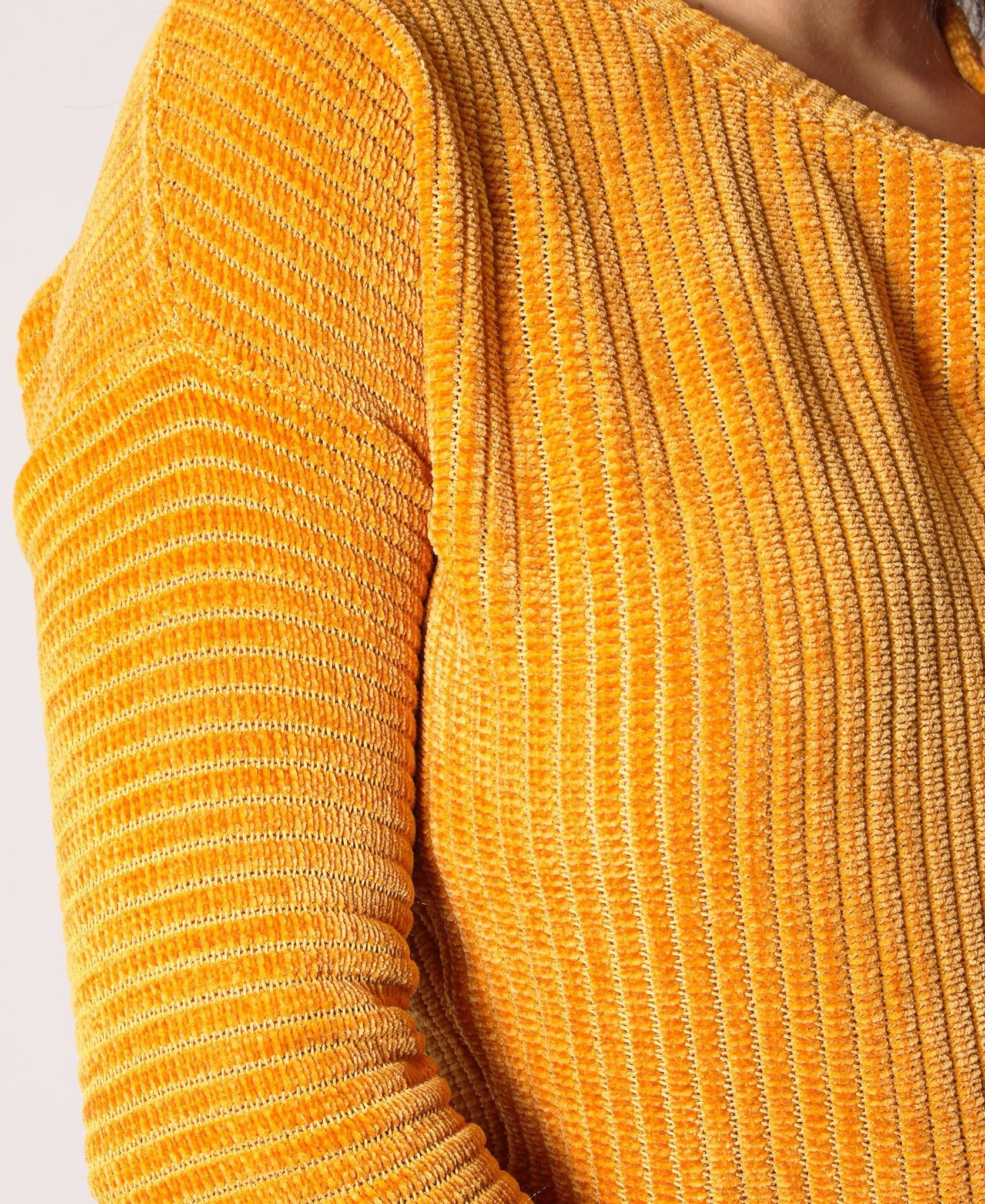 Lightweight Breathable Sweater - Mustard