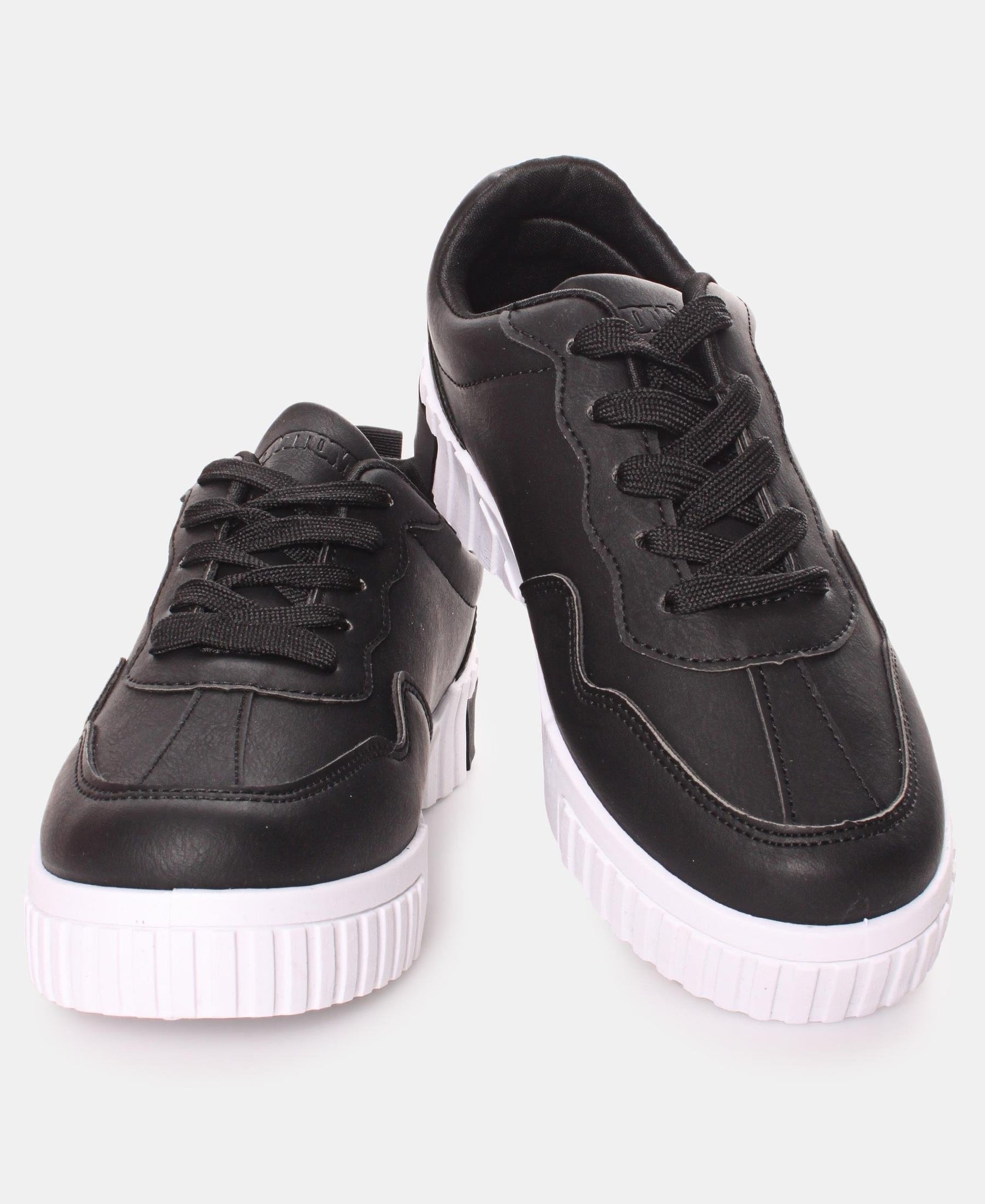 Ladies' Zest Sneakers - Black
