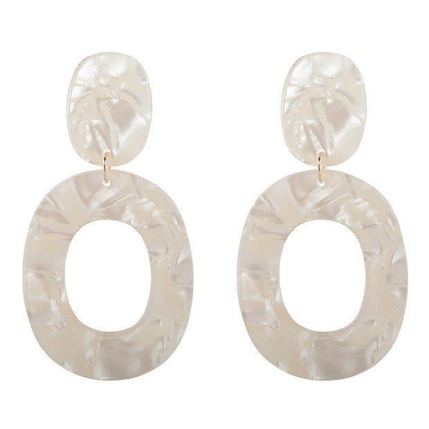 Pearly White Earrings