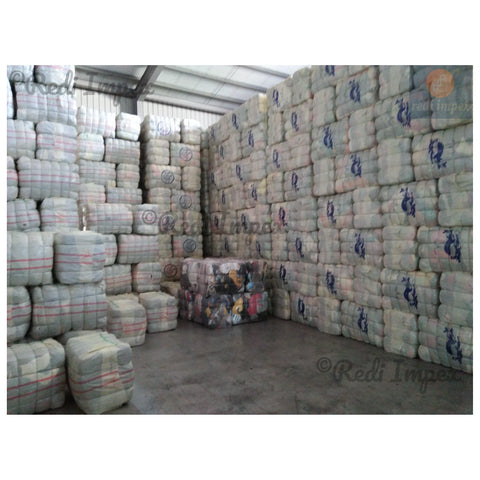 Top grade Secondhand Clothing Bales of Summer Wear Mixed Clothes for men, women and kids wear