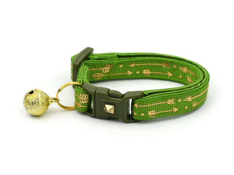 Metallic Gold Arrows on Kiwi Green Cat Collar