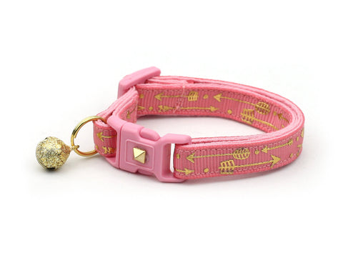 Metallic Gold Arrows on Coral Pink Cat Collar