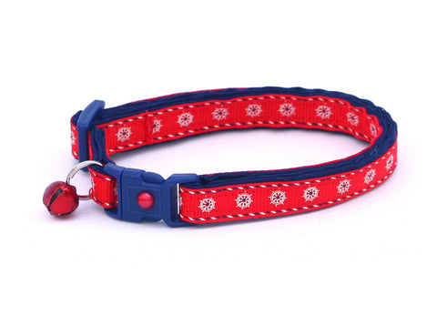 Ships Wheels on Red Cat Collar