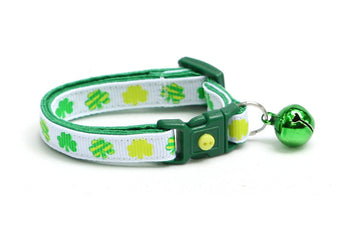 Patterned Shamrocks on White Cat Collar