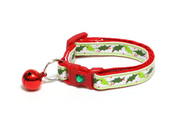 Deck the Halls Holly Cat Collar