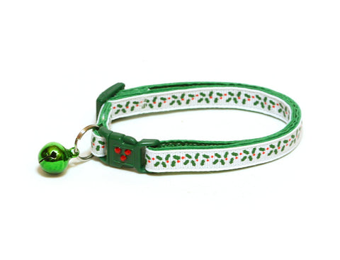 Holly Leaves and Berries on White Cat Collar