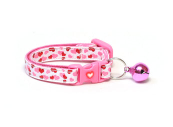 Sweet Hearts on White Cat Collar