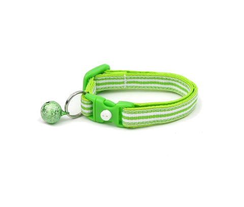 Horizontal Green and White Stripes Cat Collar