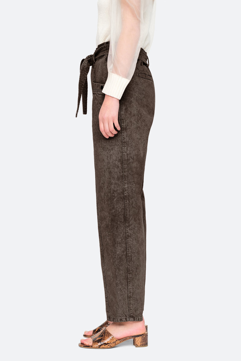 Graphite-Idun Pants-Side View 12