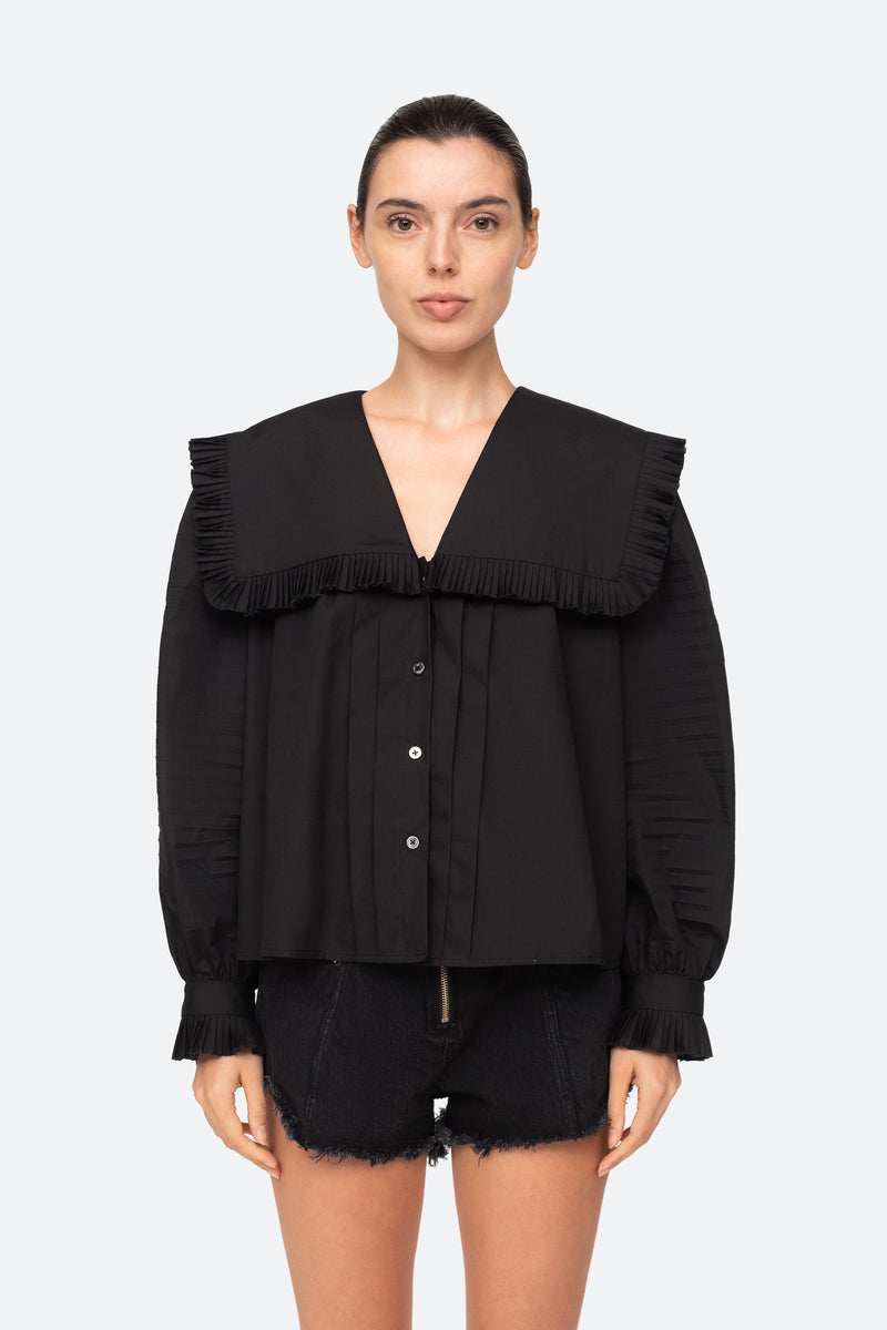 Black-Charlie Blouse-Front Tucked Out View 4