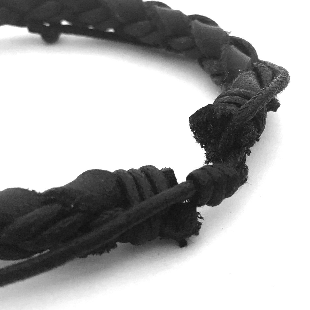 Lost Art Canada - black steel jewellery koal bracelet back view