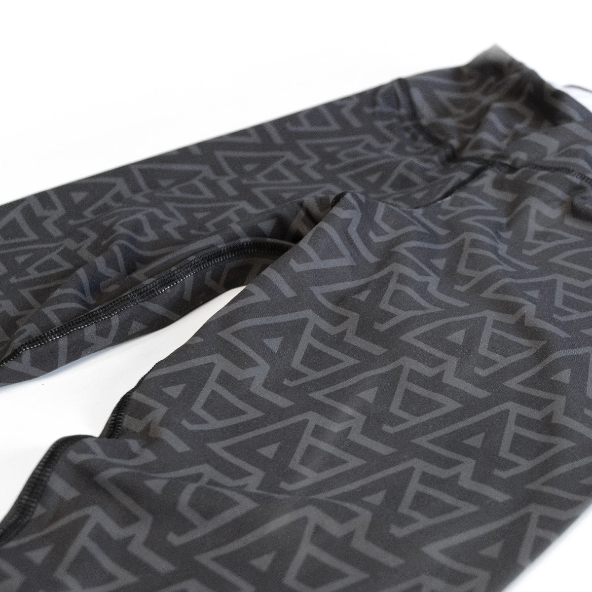 Lost Art Canada - black and grey leggings LA design close up view