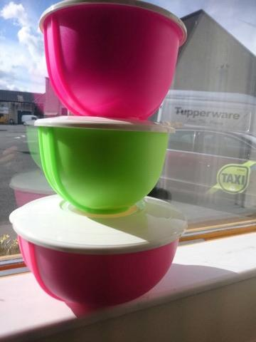 Tupperware - Tupperware Special Mixing Bowls