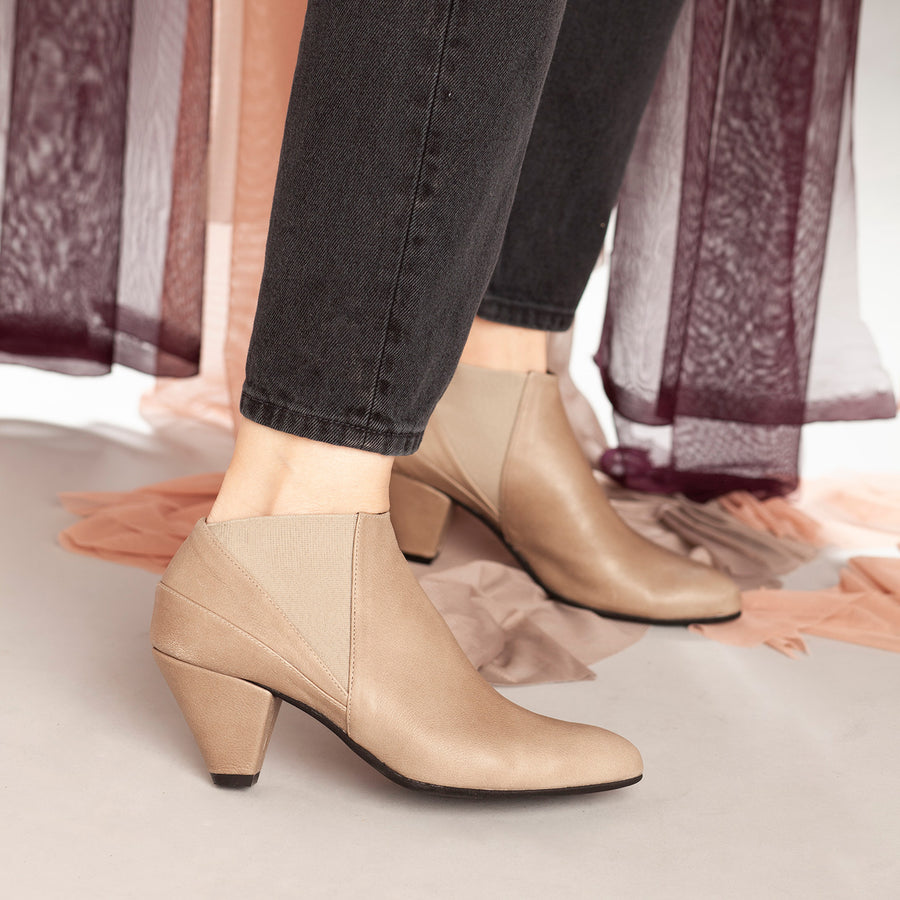 Annabelle - Elegant Ankle Boots