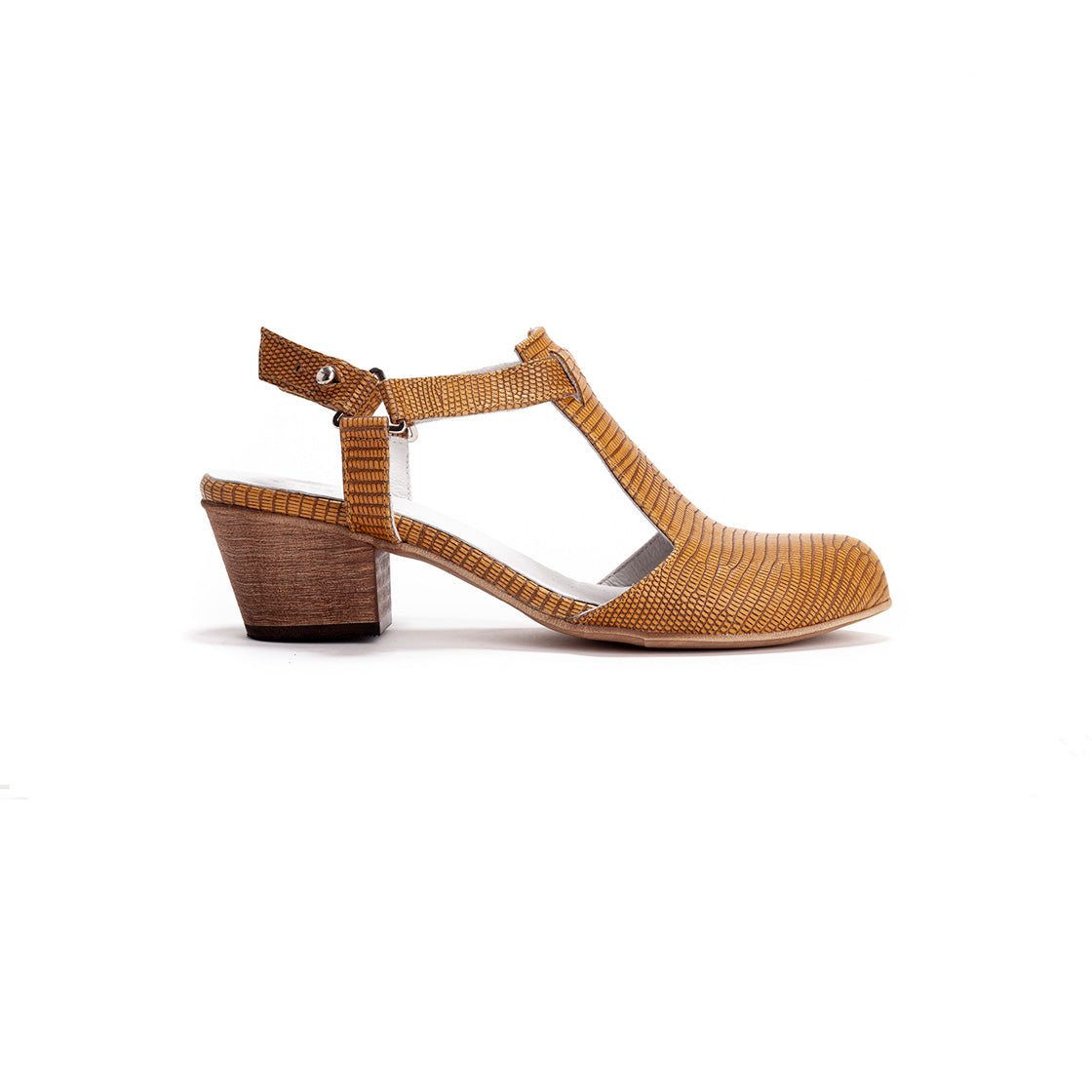 Audrey - Closed Toe Sandals