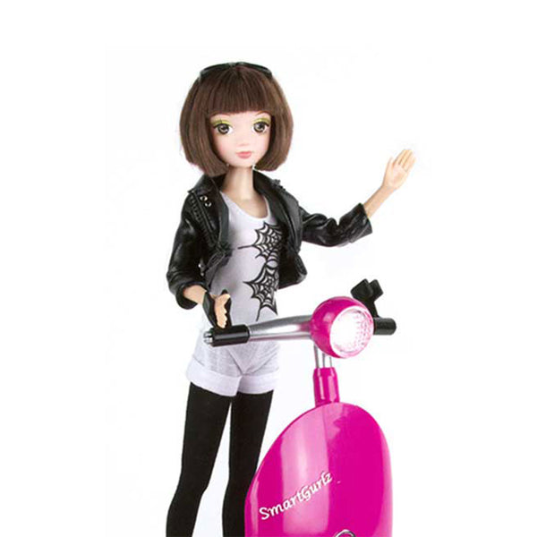 Fabulous: Siggy with Jun Doll