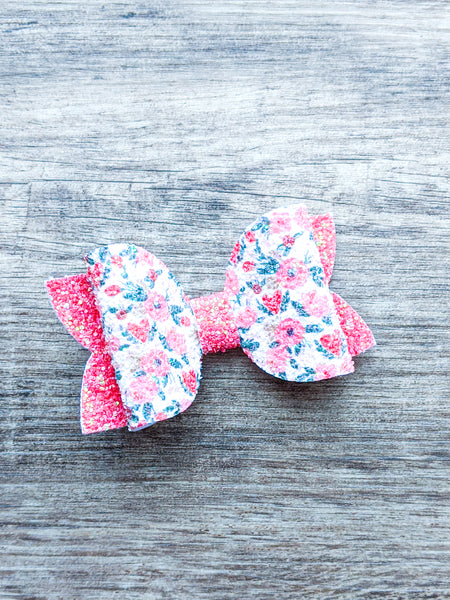 Hearts and Posies Classic Bow 3.5""