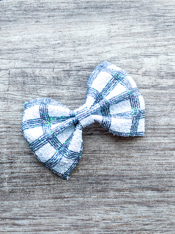 Black and White Plaid Pinch Bow