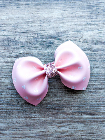White Hearts on Pink Pinch Bow
