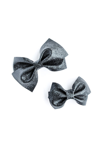 Black Crackle Loopy Bow