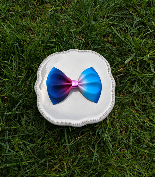 Bright rainbow ombre pinch bow